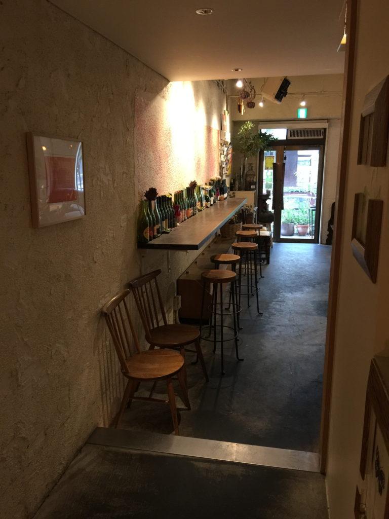 麹町カフェのカウンター席