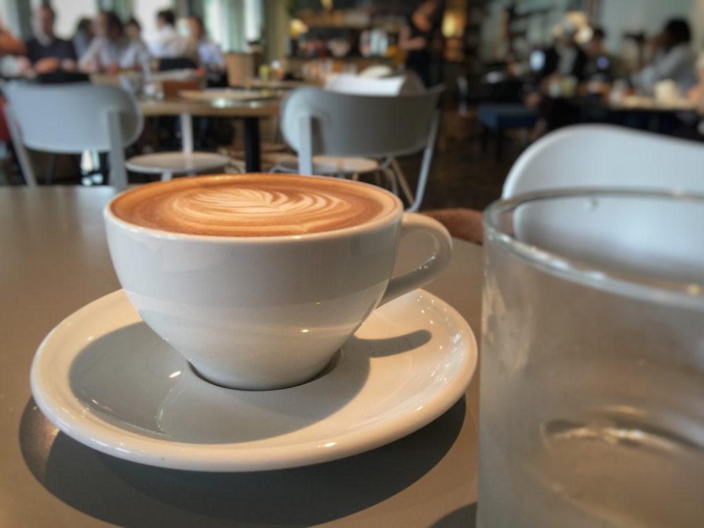 グッドモーニングカフェのカフェラテ