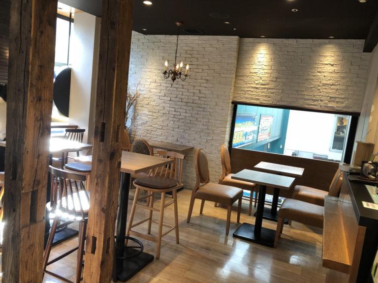 カフェ ソラーレ ビーンズ阿佐ヶ谷店の入り口付近の店内