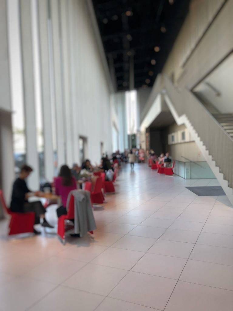 スターバックスコーヒー 日産グローバル本社ギャラリー店の店内入口