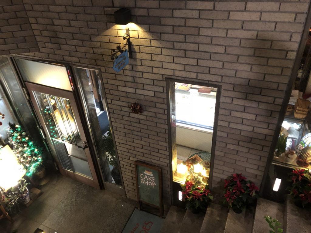 カフェムルソー1階のケーキショップ