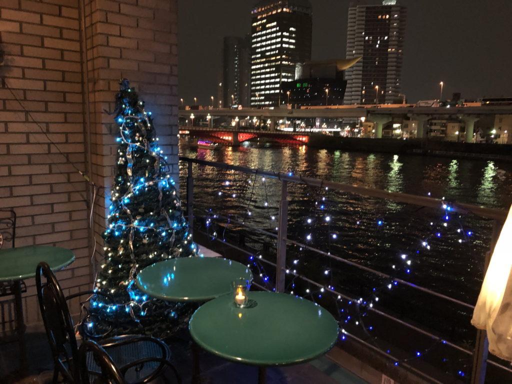 カフェムルソー3階テラス席からの夜景その1