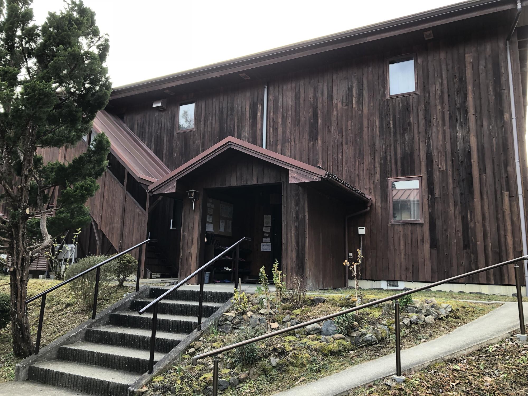 京都ダンマバーヌの宿泊棟&瞑想ホール