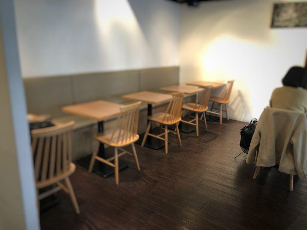 蔵前四丁目カフェ1階の客席