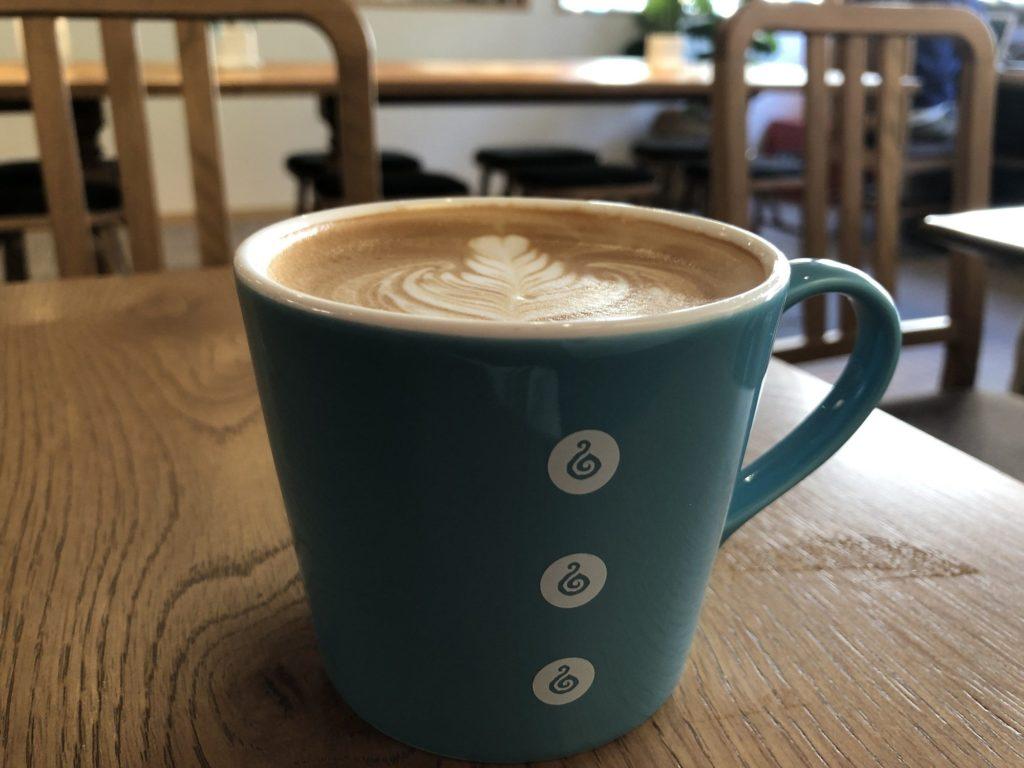 Oki Oki Cafeのカフェラテ