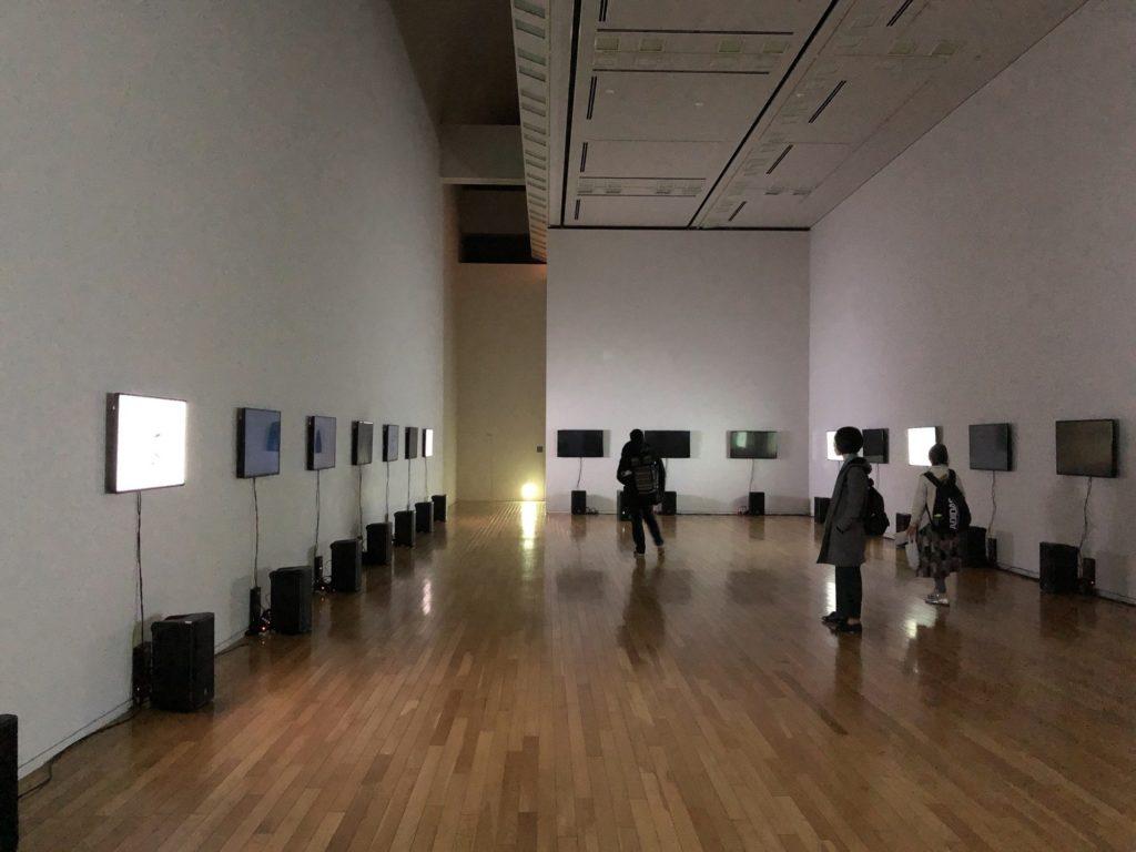 谷川俊太郎展の音と映像を使った展示