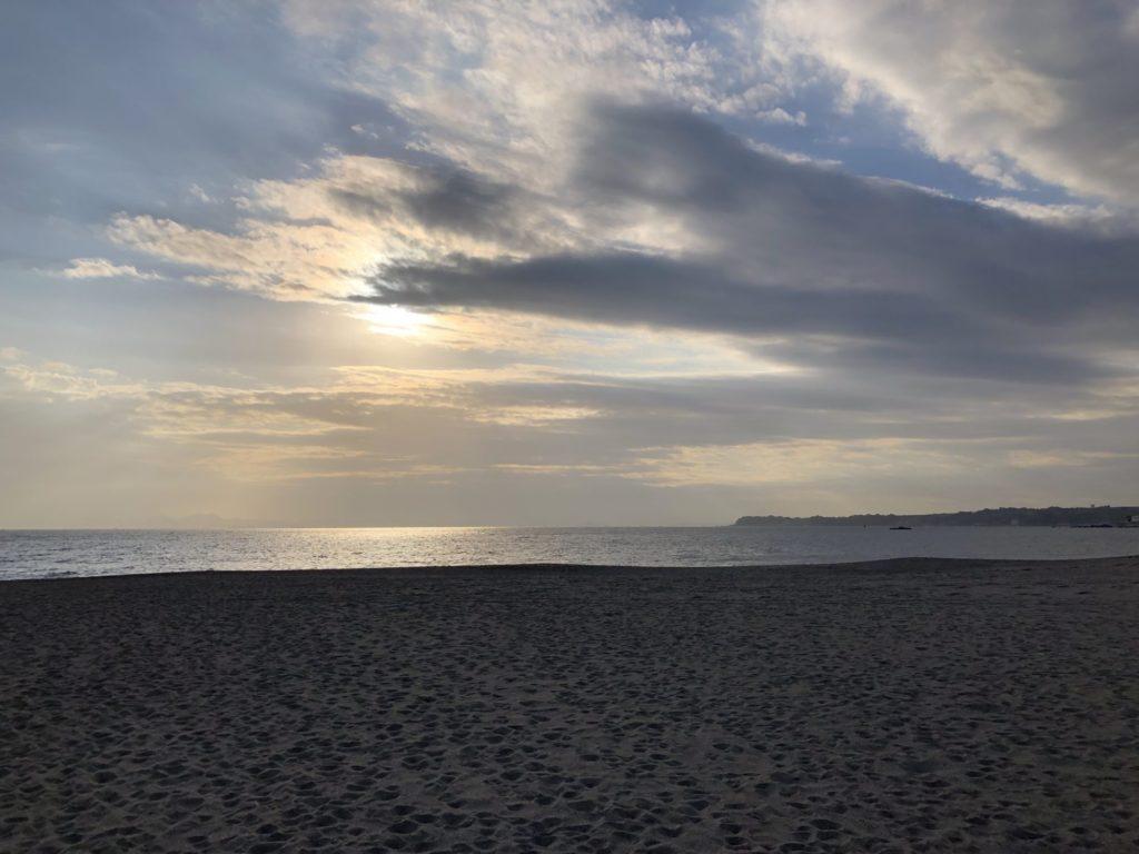 早朝の三浦海岸